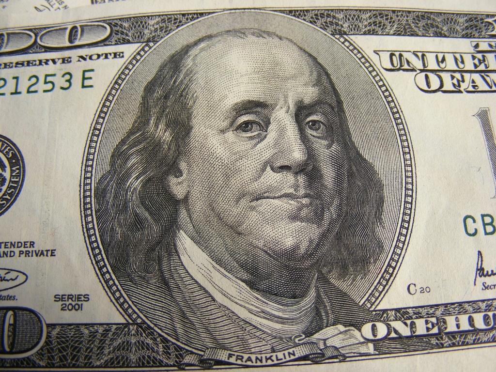 money-87201_1920